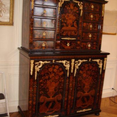 cabinet hollandais du 18 ème siècle 001